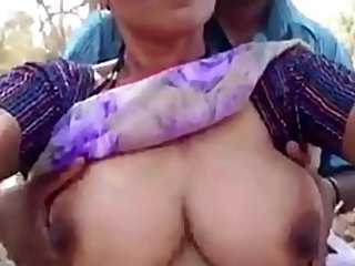 Desi mature aunty sex with house owner