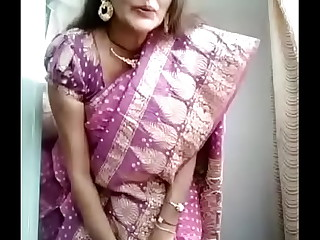 Desi bhabhi bit will not hear of Pussy