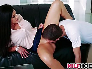 Pretty Stepmom Gives Hot Lessons